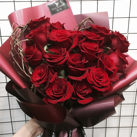 心形红玫瑰花束