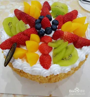 儿童生日水果蛋糕图片男孩