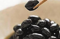 醋泡黑豆的功效与作用禁忌,黑豆泡醋