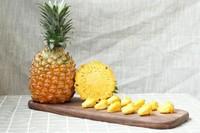 菠萝和凤梨有什么区别,品种/触感/口感/食用方法等不同