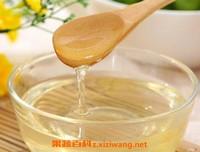 洋槐蜜和槐花蜜有什么区别 怎样鉴别洋槐蜜的质量