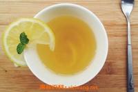 蜂蜜水的作用与功效 喝蜂蜜水的最佳时间表