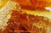 蜂巢蜜怎么吃 蜂巢蜜的作用与功效
