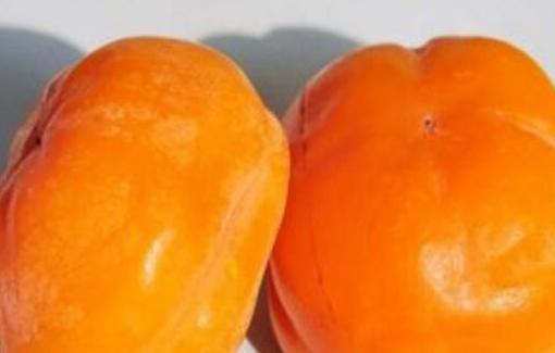 吃完柿子能吃海鲜吗,吃完柿子不能吃什么
