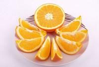 孕妇能吃橙子吗:橙子含大量维生素C,有助于胎儿的脑部发育