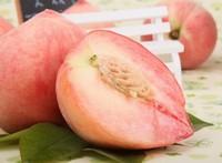 水蜜桃成熟季节:根据品种的不同分为6月桃、7月桃和8月桃