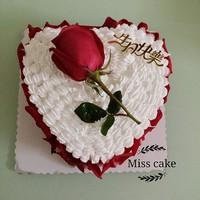 心形玫瑰花蛋糕图片