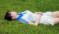 刘丰来到陈瑶腿间的时候,然后张嘴埋下了头 宝贝你那里的水好甜